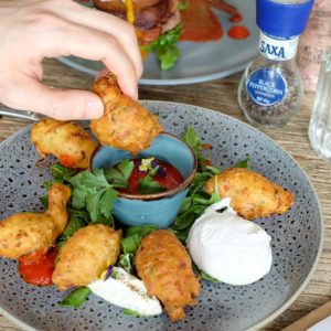 Lucy Lockett: Zucchini and sweet corn fritters