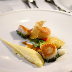 Cecconi's: Seared scallops